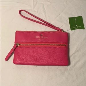 Brand New Kate Spade- bee cobble hill wristlet